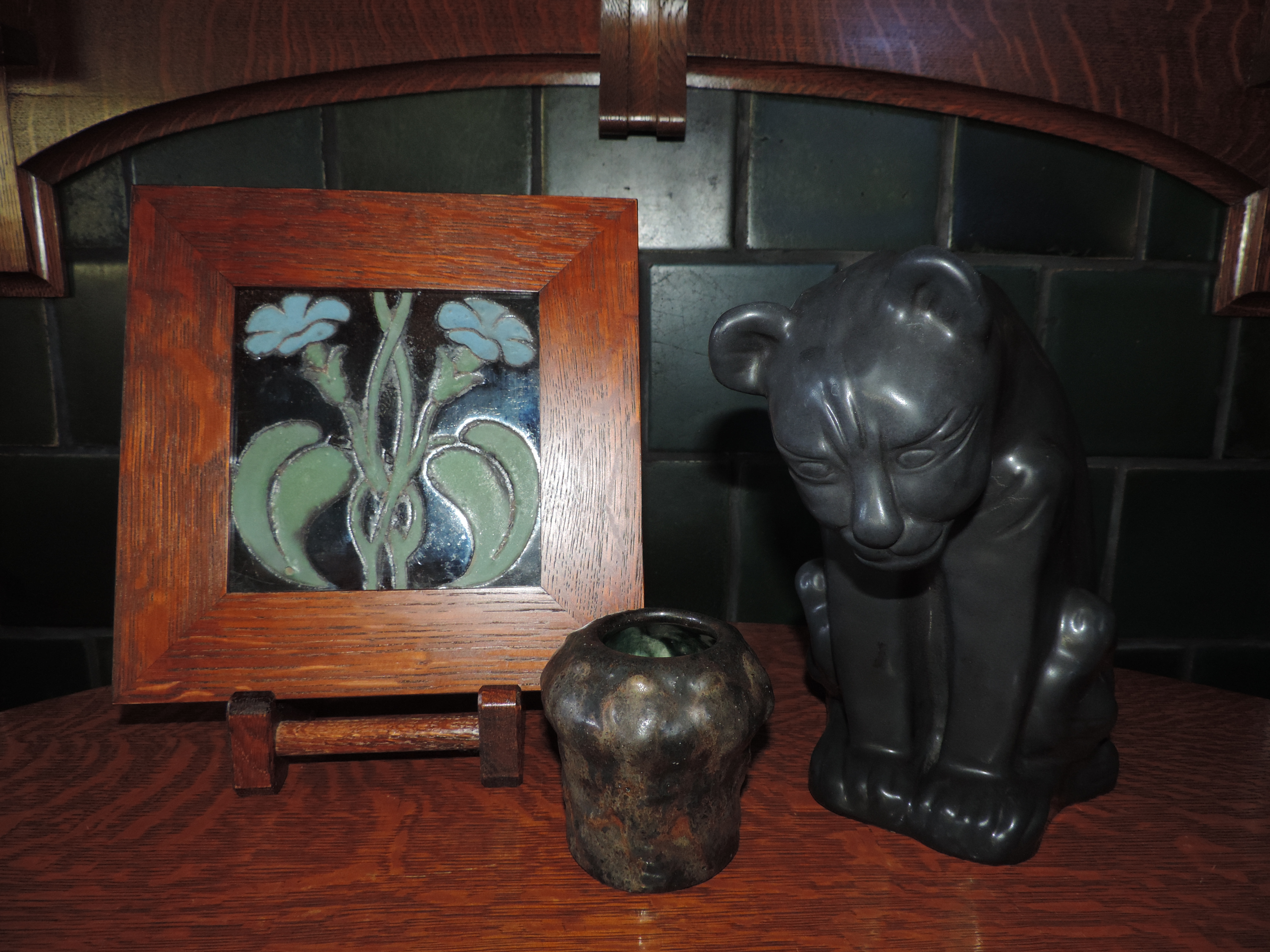 Glazes van briggle notes artus developed and created pieces in several shades of black the center piece is marked as an experimental in black brown glaze and dated 1902 reviewsmspy